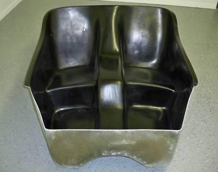 Seat-insert-for-fiberglass-T-Bucket-body